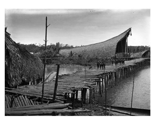 Kau longhouse exterior, Kaimare village, Gulf Province, PNG