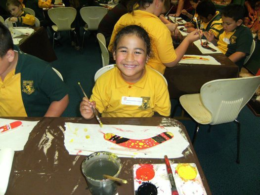 Student in Indigenous Art Workshop 1