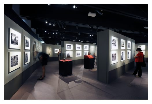 Frank Hurley exhibition image2