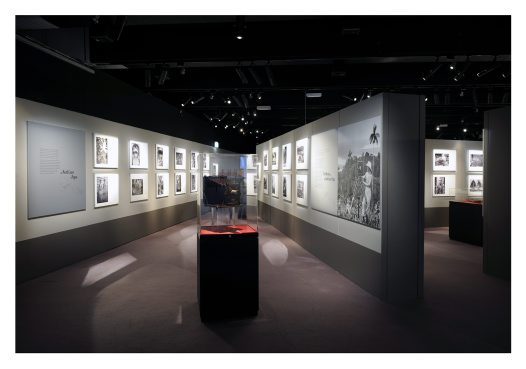 Frank Hurley exhibition image4