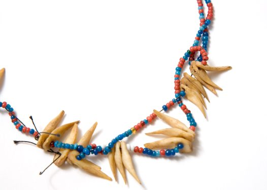 Neck ornament, Kiribati E3182