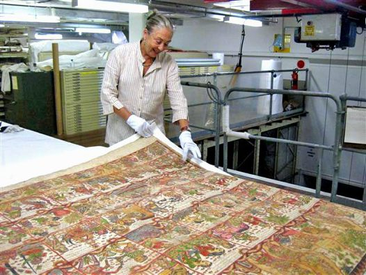 Penny Zylstra with Balinese Painting 2009
