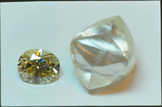 Yellow diamond crystal (11.47ct) and faceted diamond. Ellendale, Western Australia