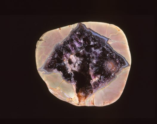 Quartz. Thunder egg showing chalcedony and emethyst, Mt Hay Queensland