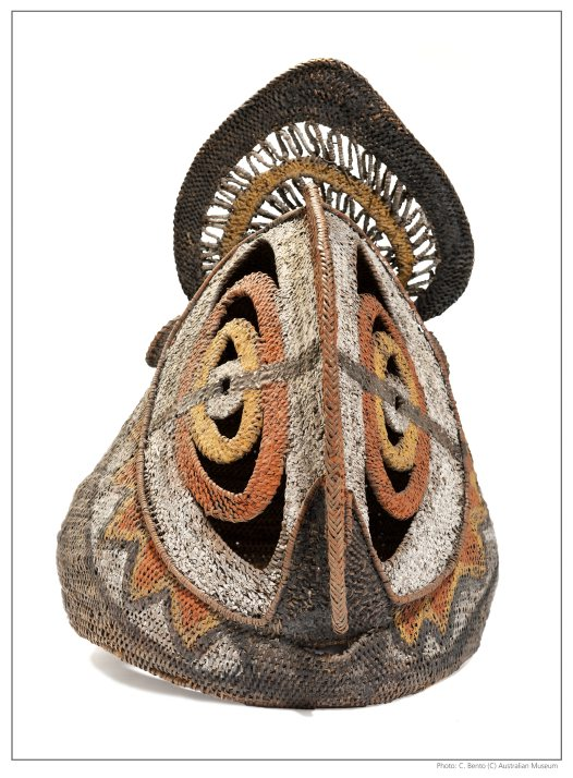 Tumbuan mask from Papua New Guinea