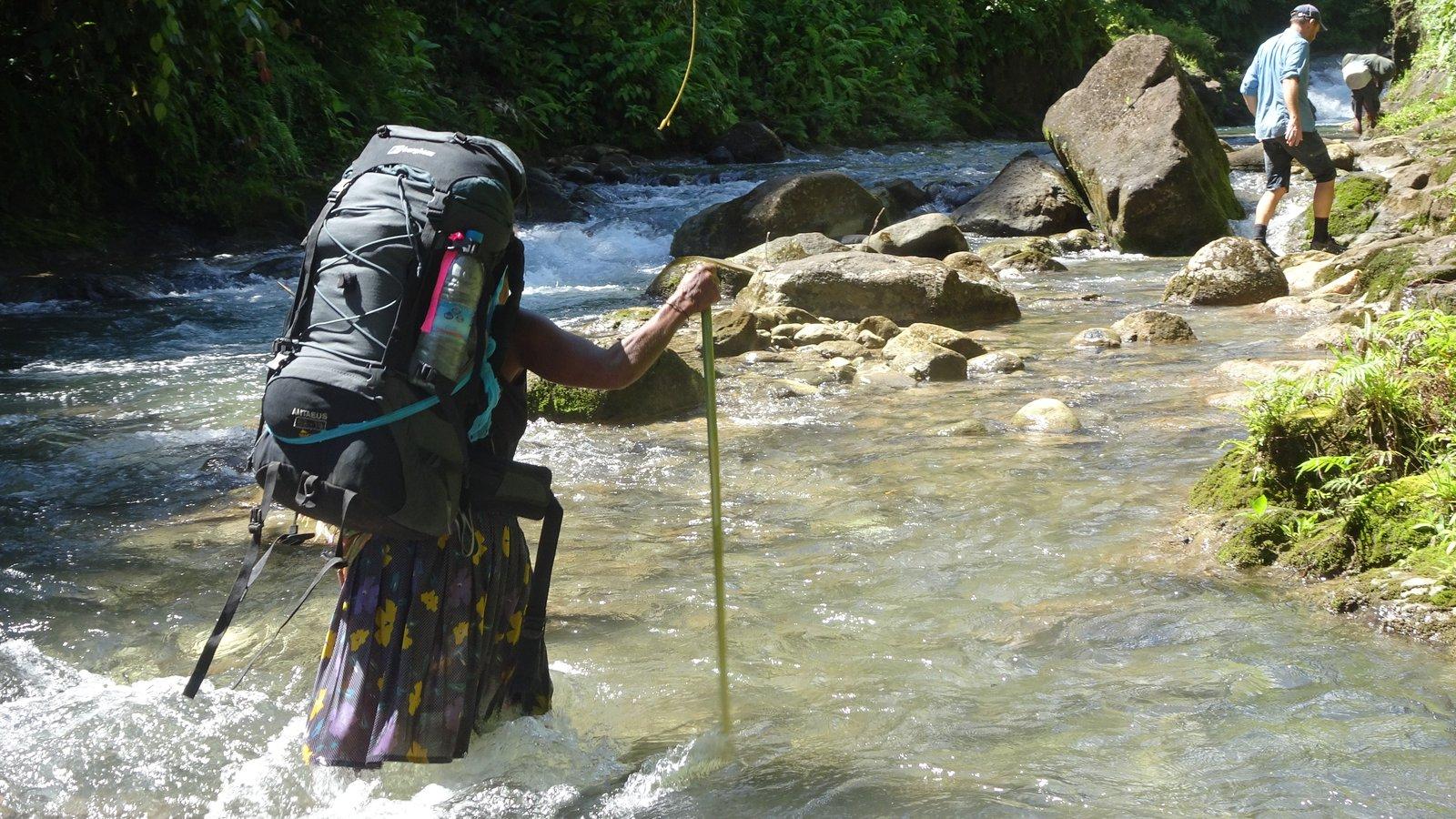 River-walking (11)