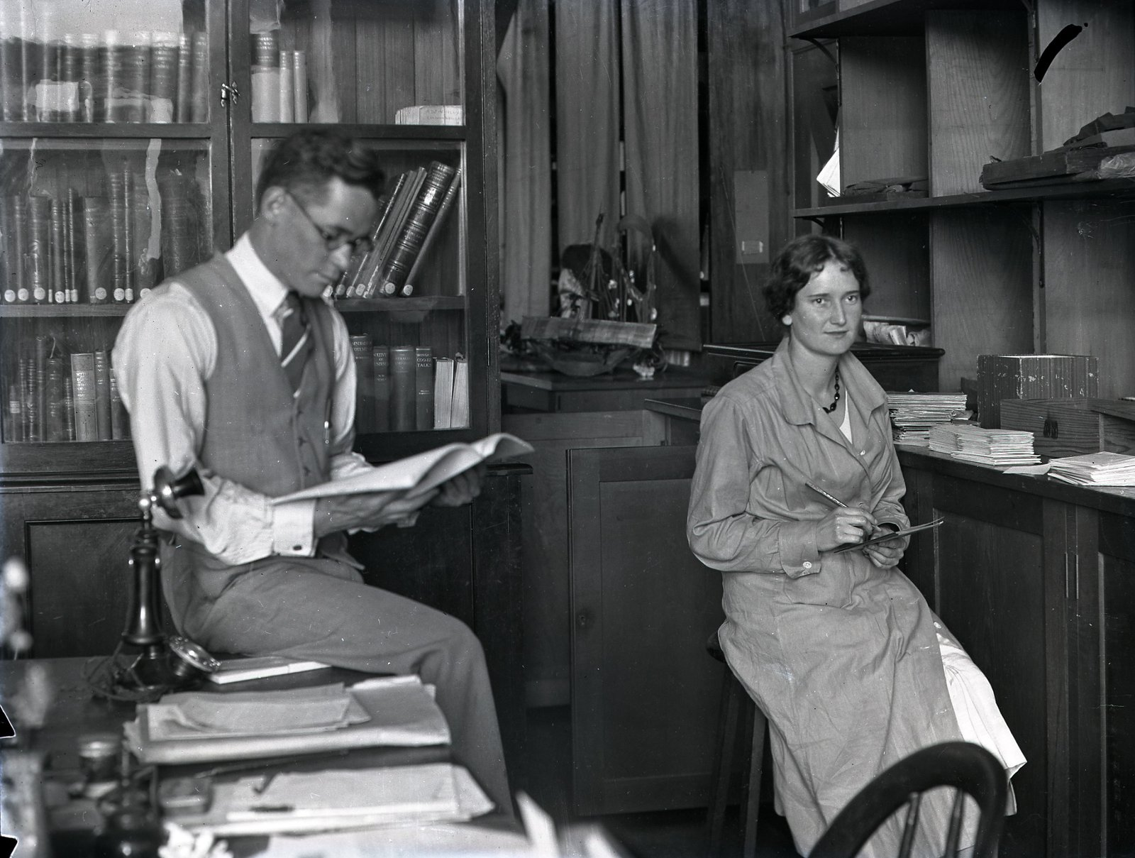 AMS514/VA180_8 Anthropologists Frederick McCarthy and Elsie Bramell, 1933.