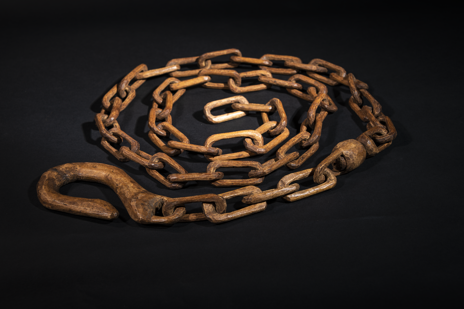 Brungle Wooden Chain, Spinner and Hook c 1900