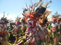 Group of Hagen women wear an elaborate headdress