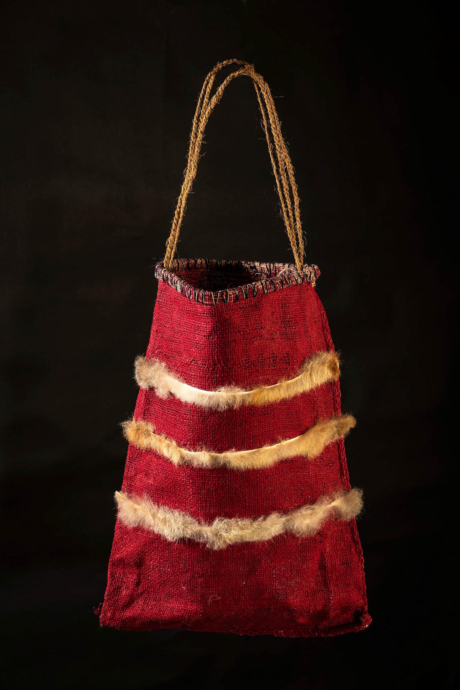 djujuma (Hessian Dilly Bags)