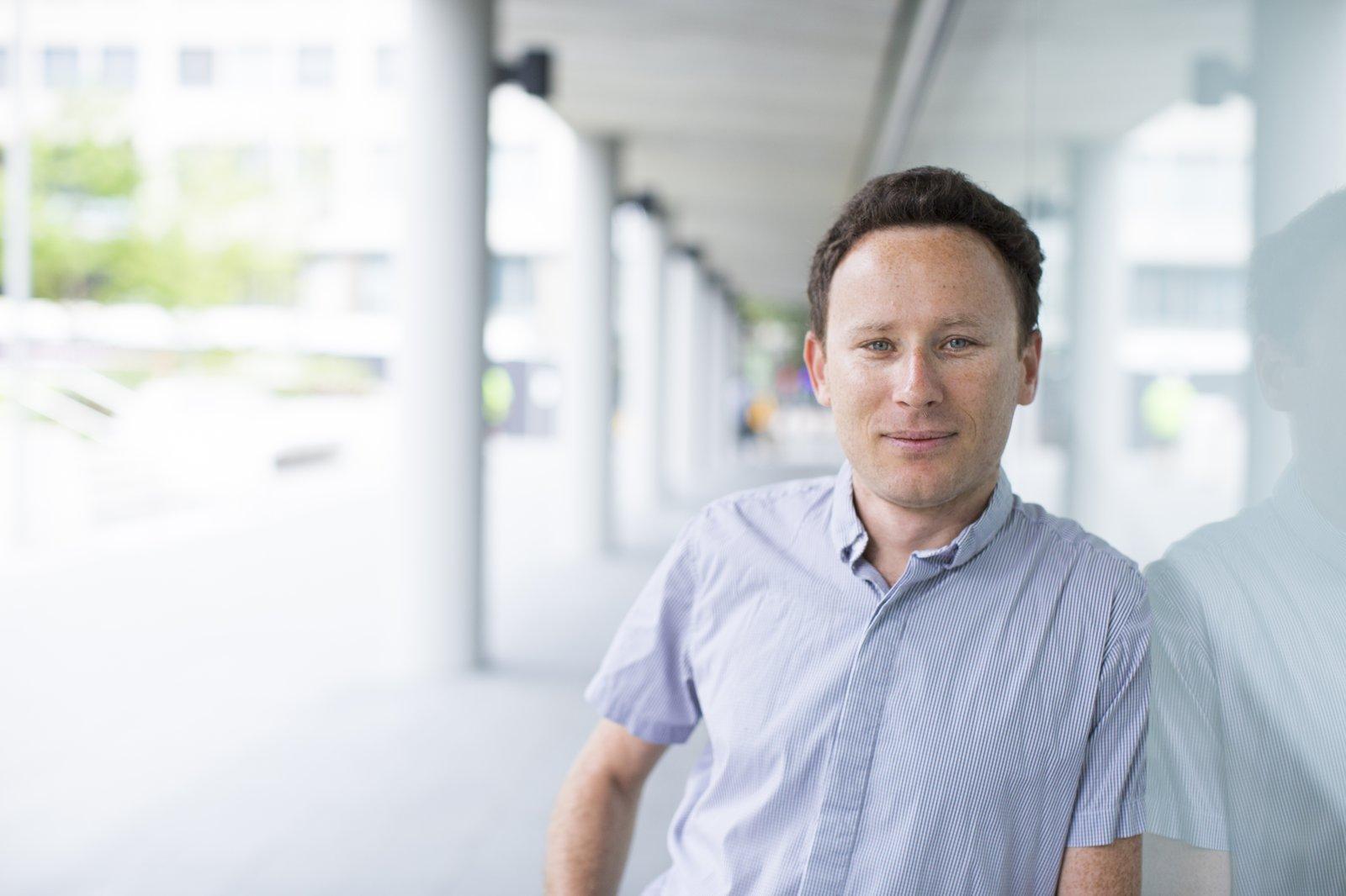 Associate Professor Igor Aharonovich