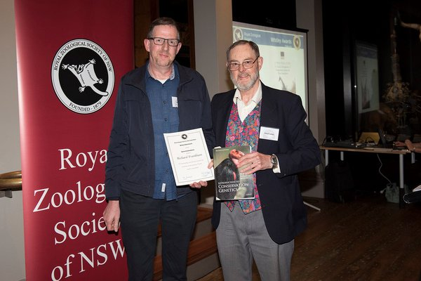 Mark Eldridge (left) presenting Professor Richard Frankham (right) with the 2019 Whitley Special Commendation Certificate