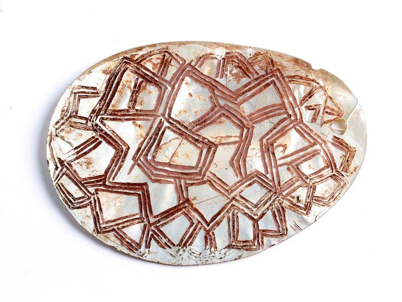 Pearl Pearl-shell Ornament: E54272