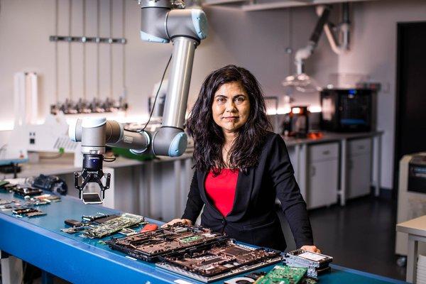 Professor Veena Sahwalla