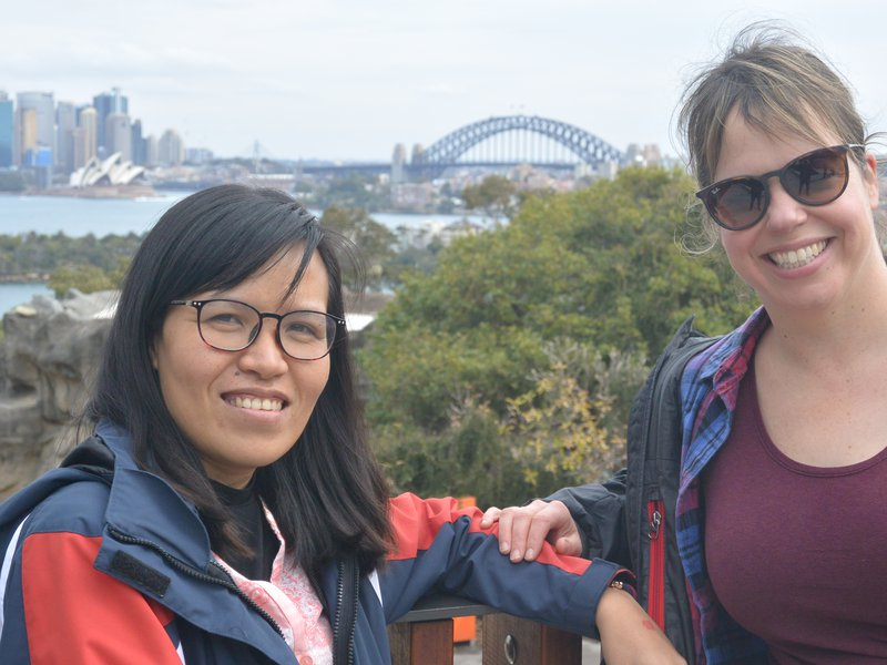 AMF/AMRI Visiting Research Fellow, Le Thi Thuy Duong, and Jodi Rowley at the Zoo