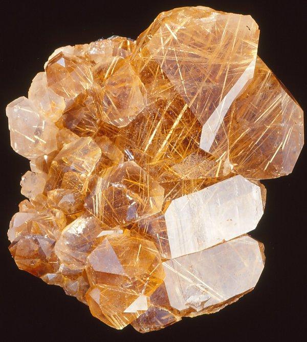 Quartz with rutile inclusions
