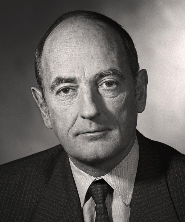 Dr Desmond John Gerald Griffin, Director, 1976-1998