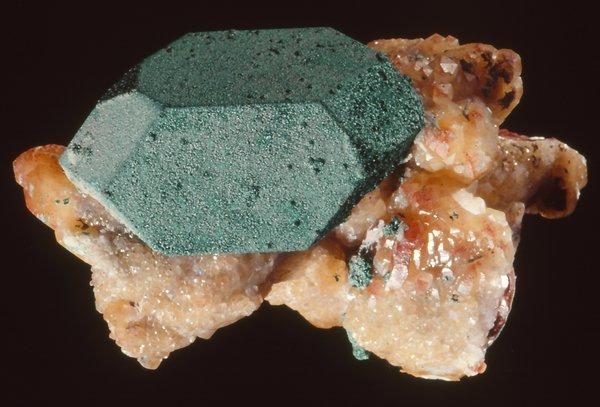 Cuprite with Calcite