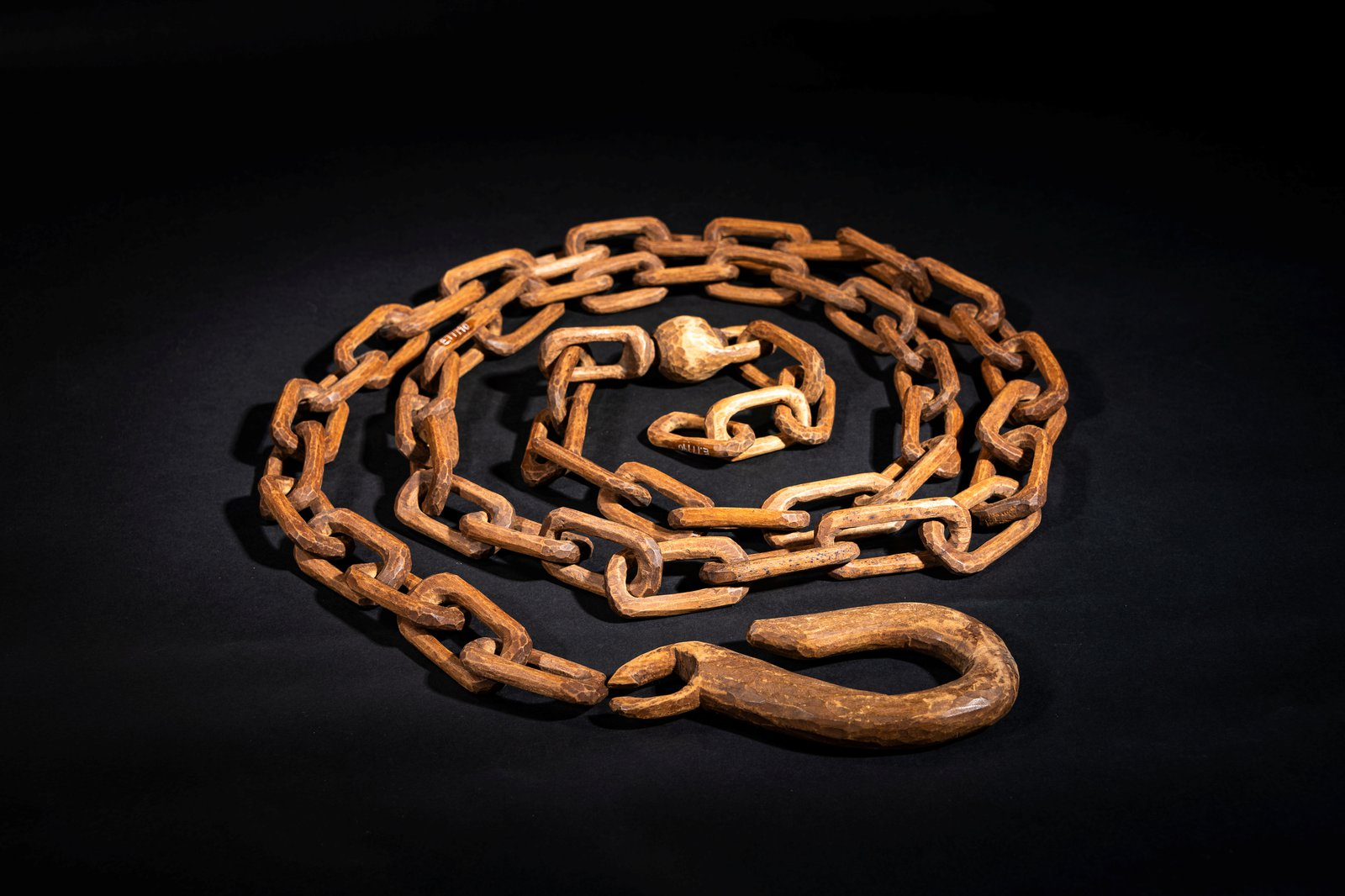 Brungle Wooden Chain, Spinner and Hook c. 1900