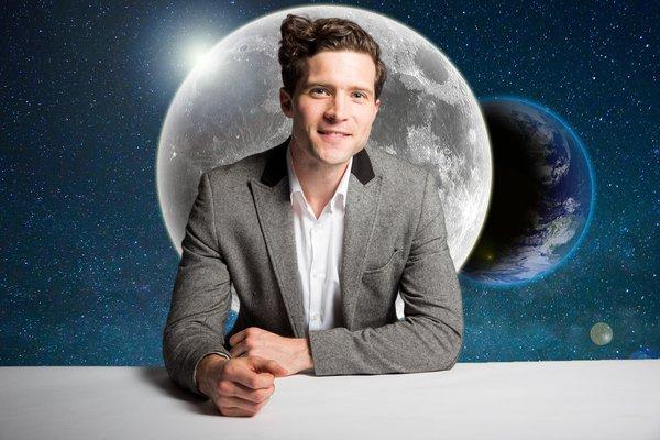 Alan Duffy on the Moon