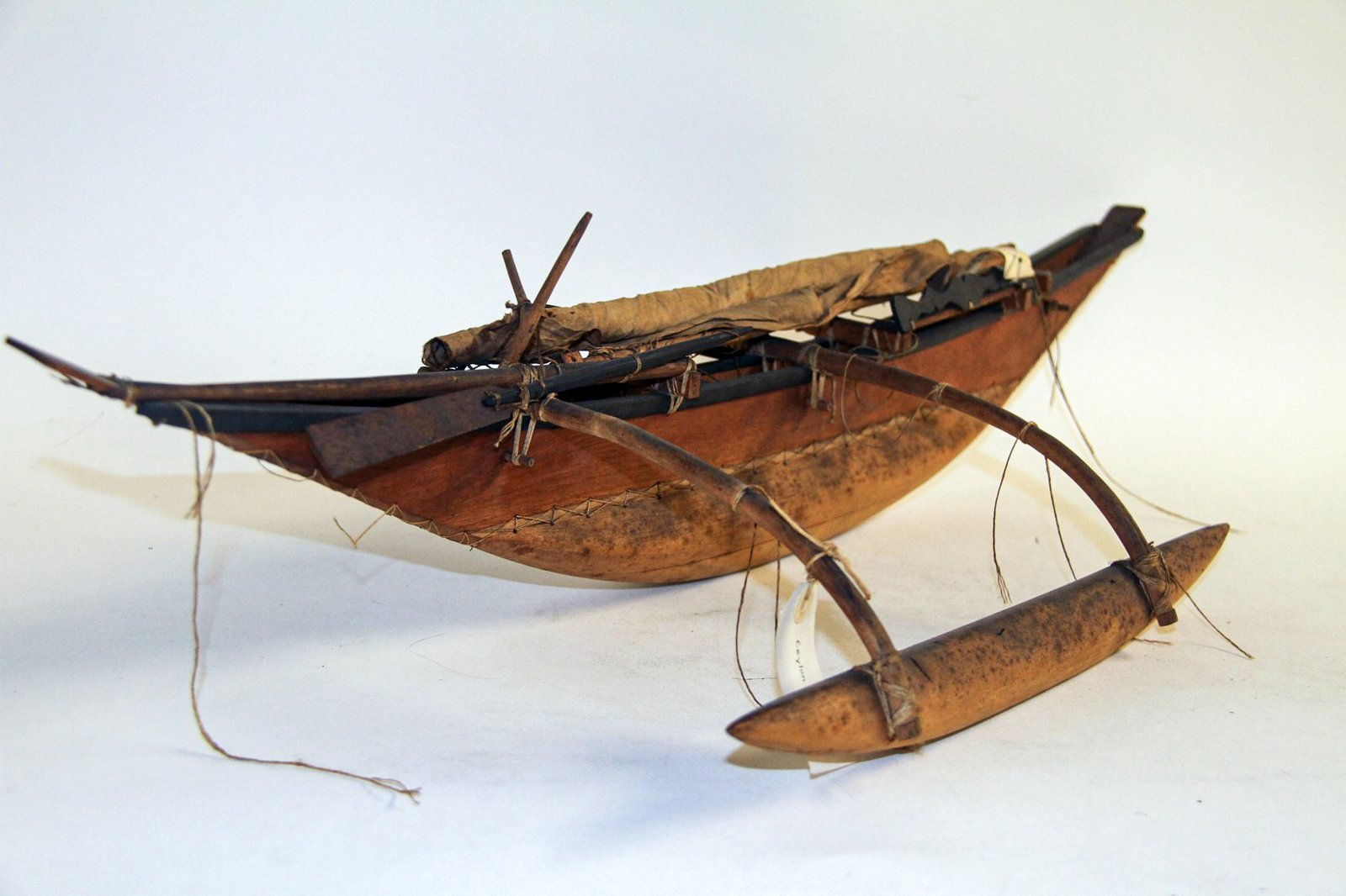 Canoe model from Sri Lanka