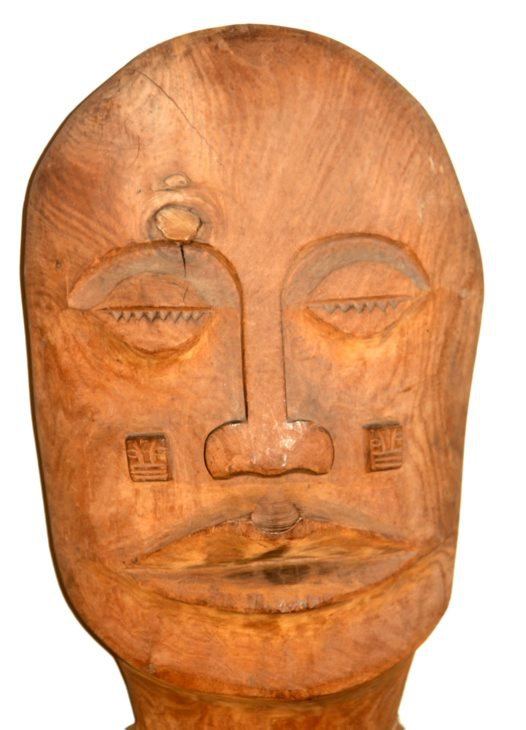 A head of wooden figure, Easter Island – Rapanui. 20th century.