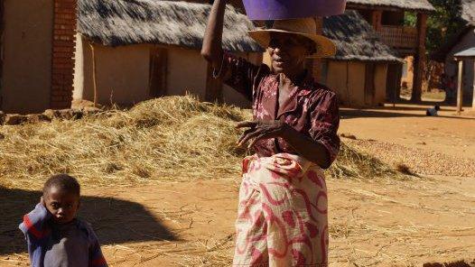 Madagascar 2012 - Malagasy woman