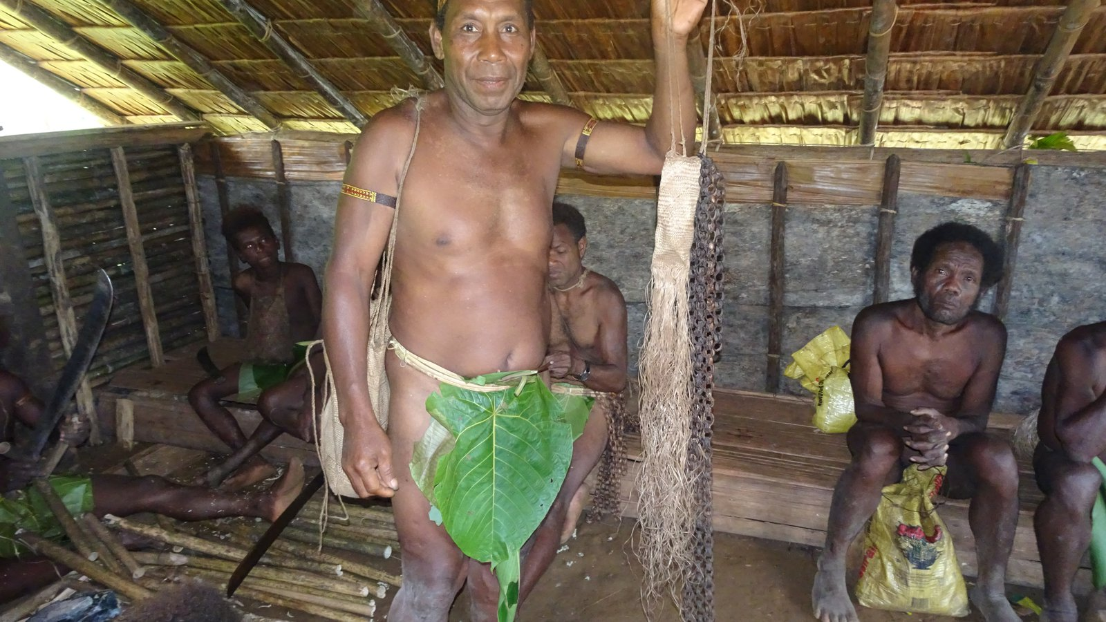 The Kwainaa'isi Team was led by Chief Esau Kekeubata (1)