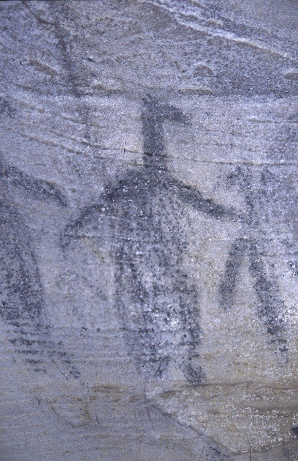 An example of the unique anthropomorphic figures (right) found at Eagle's Reach
