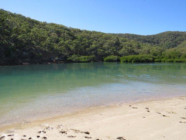 Balban Dara Guya (Leekes Creek) Fish Habitat Area on Great Keppel Island (Woppa).