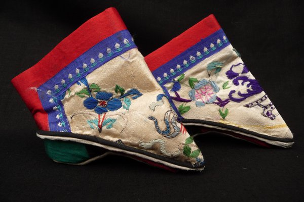 Chinese footbinding shoes