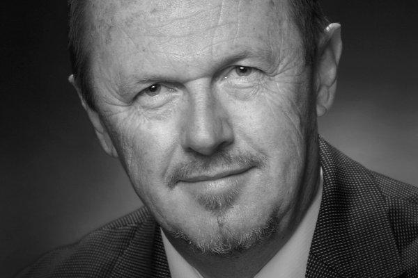Frank Howarth, Director, 2004 - 2014.