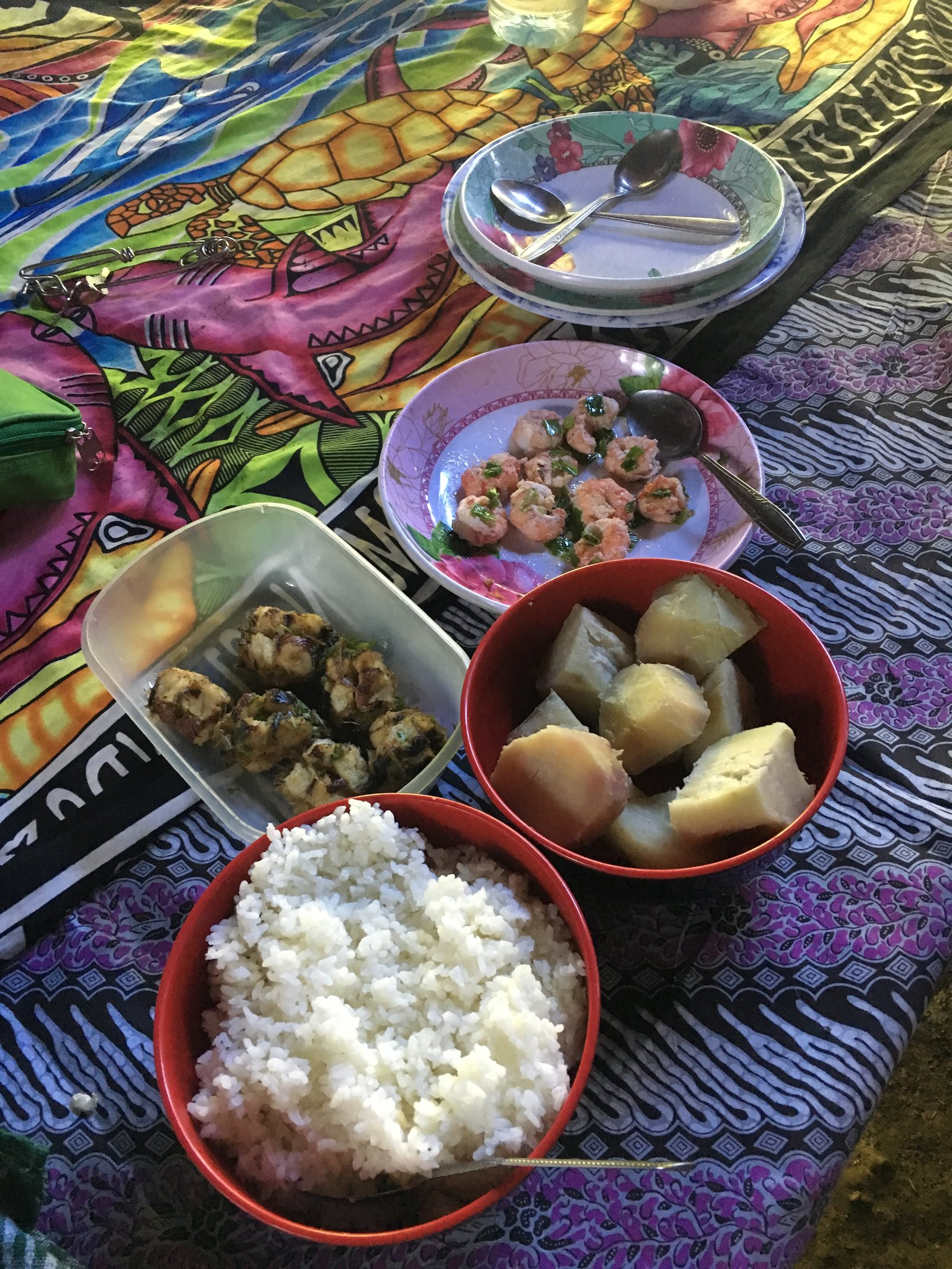 Kwaio community hospitality.