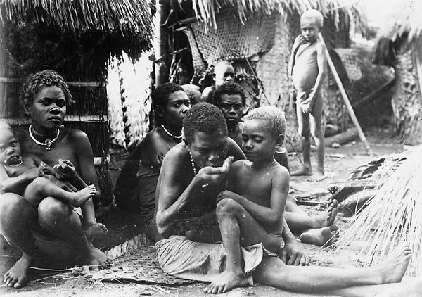 Group at Blanche Bay, East New Britain, PNG