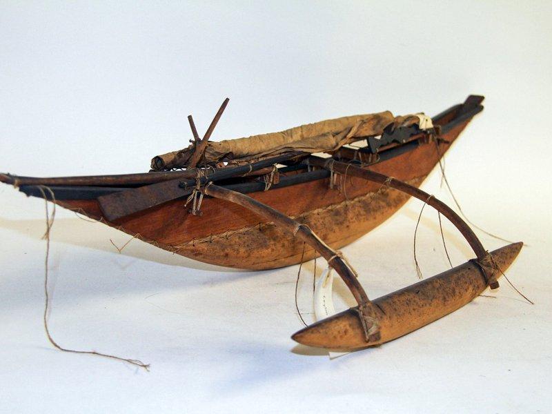 Canoe model from Sri Lanka